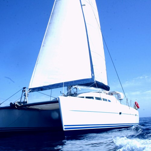 Rent / charter Catamaran & Sailing Yacht for Boat Parties, Conference & Incentive / Meetings / Corporate, Full Day Tour, Half Day Tour, Harbour Cruise, Private Charter & Team Building Activities in Malta & Gozo - Lagoon 410