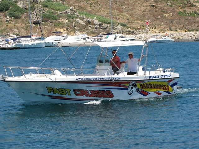 Rent / charter Motor Boat for Boat Diving, Boat Parties, Conference & Incentive / Meetings / Corporate, Fishing Trips, Full Day Tour, Half Day Tour, Harbour Cruise, Private Charter & Team Building Activities in Malta & Gozo - Chadron 30