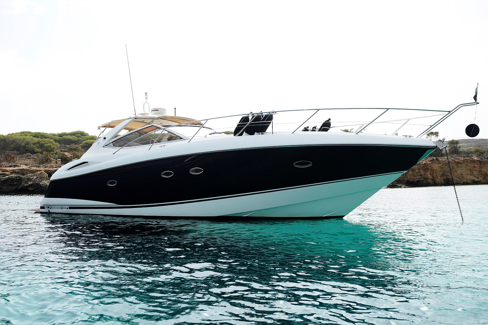 Rent / charter Luxury Yacht for Full Day Tour, Private Charter & Team Building Activities in Malta & Gozo - Portofino 46