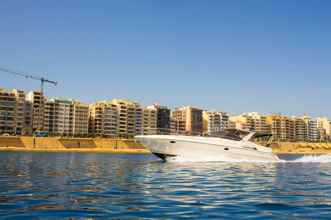 Rent / charter Luxury Yacht for Boat Parties, Full Day Tour, Half Day Tour, Harbour Cruise & Private Charter in Malta & Gozo - Cranchi  41 Cruiser