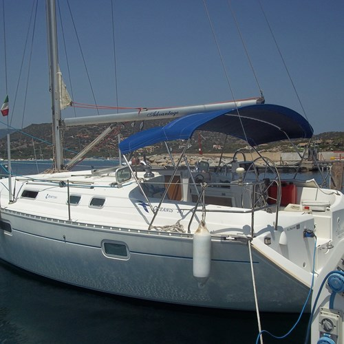 Rent / charter Sailing Yacht for Full Day Tour, Half Day Tour, Harbour Cruise & Private Charter in Malta & Gozo - Oceanis 351