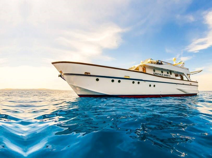 Rent / charter Motor Boat for Boat Diving, Boat Parties, Conference & Incentive / Meetings / Corporate, Fishing Trips, Full Day Tour & Private Charter in Malta & Gozo - Ex Italian Navy