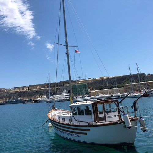 Rent / charter Sailing Yacht for Full Day Tour, Harbour Cruise & Private Charter in Malta & Gozo - Colvic Watson