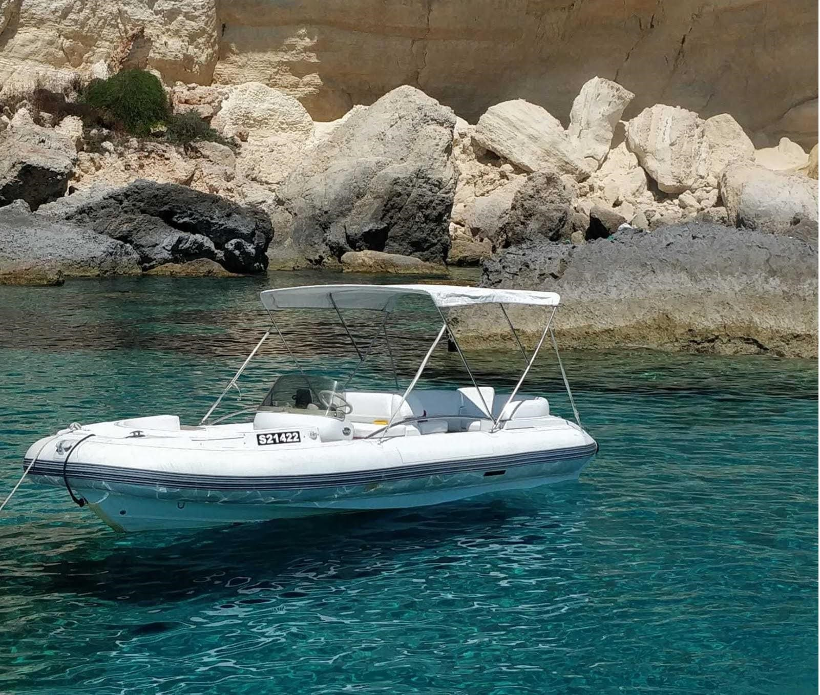 Rent / charter Rib / Dinghy for Conference & Incentive / Meetings / Corporate, Full Day Tour, Half Day Tour, Harbour Cruise, Private Charter & Team Building Activities in Malta & Gozo - Castoldi JT21